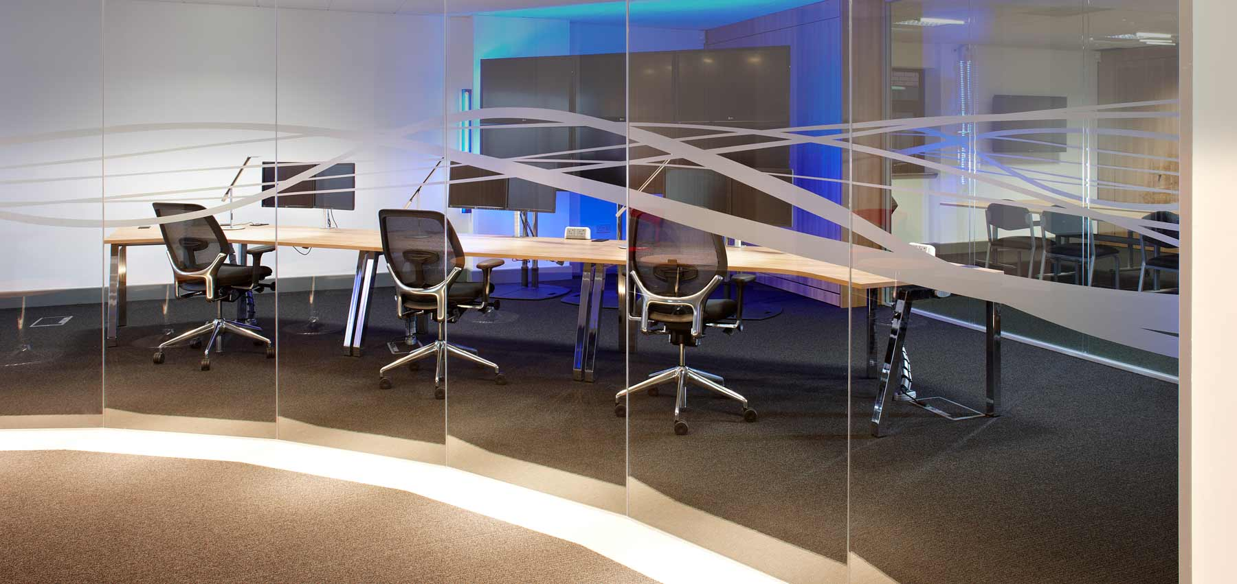 Office interiors and modular office designers cardiff d for Office design cardiff